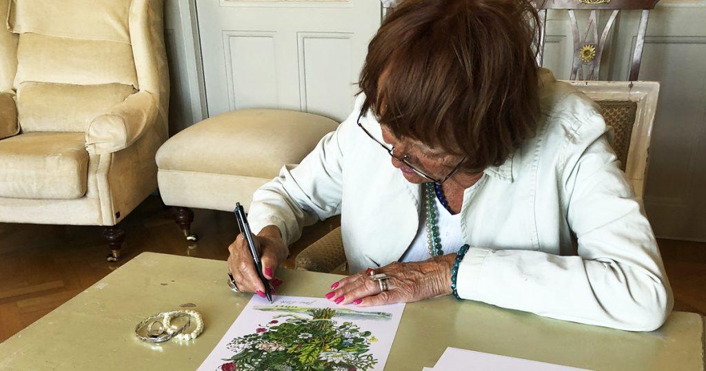 FB Jane signerar